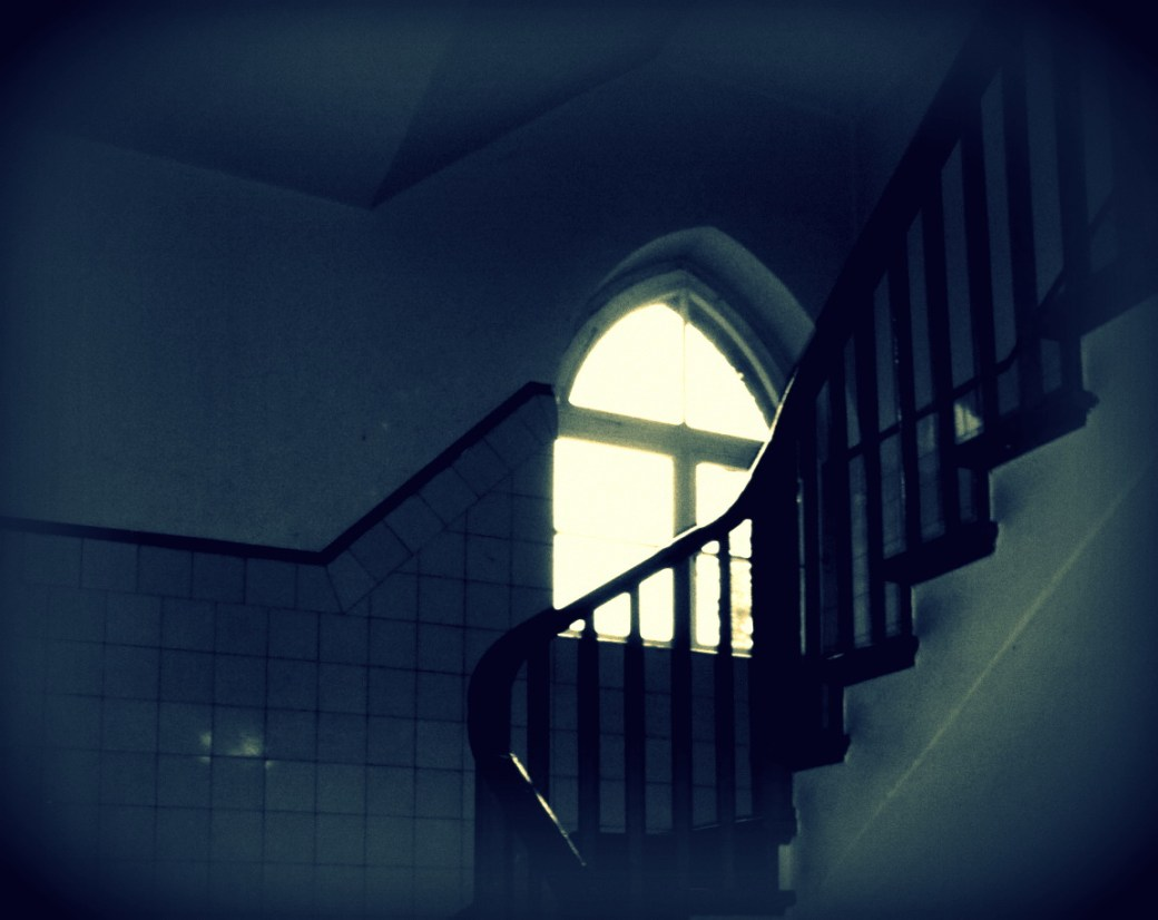 Treppenhaus verlassen