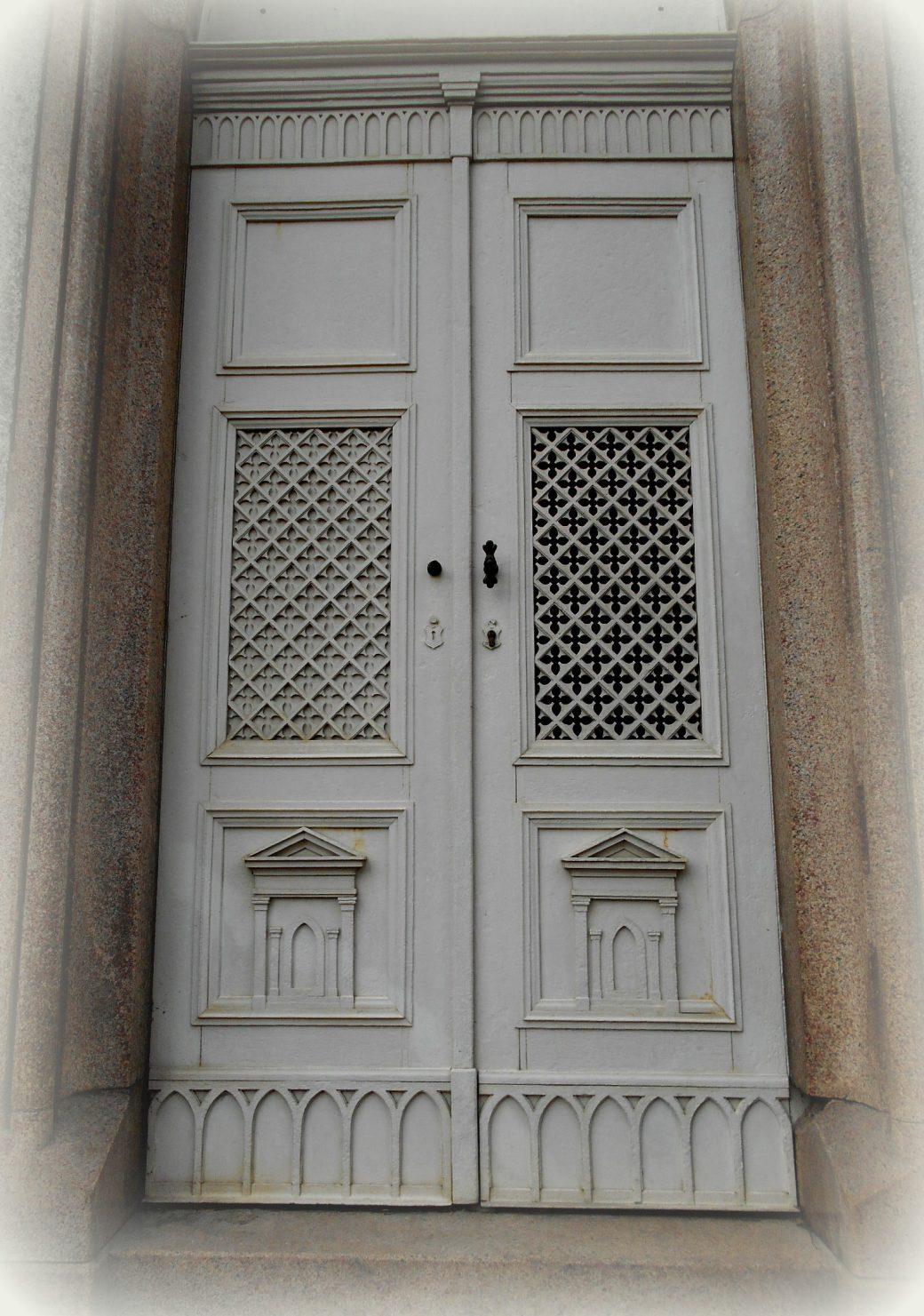 weisse Tür
