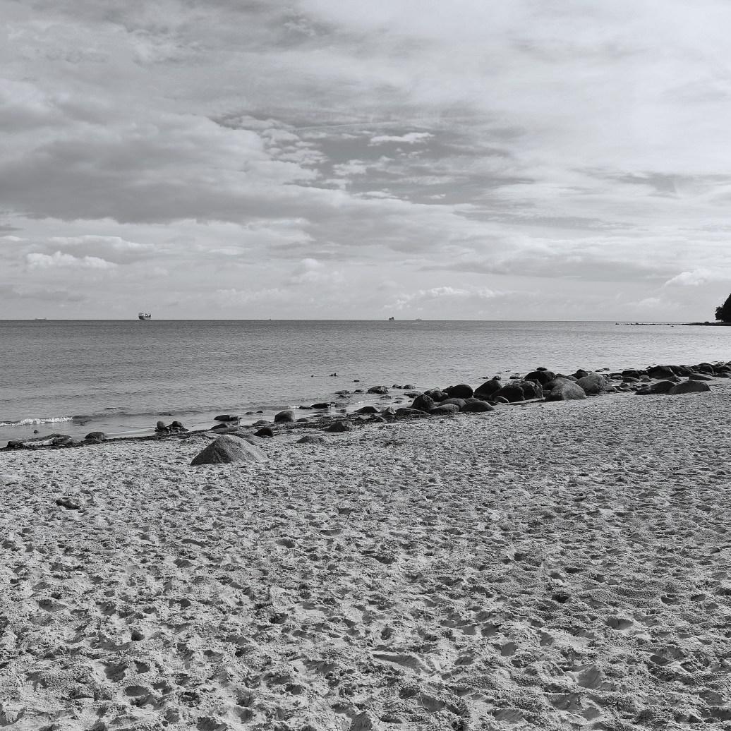 Am Strand sw