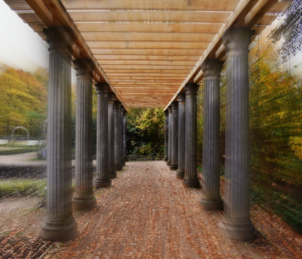 Säulen im Zoom