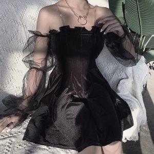 Robe gothique - Épaules dénudées