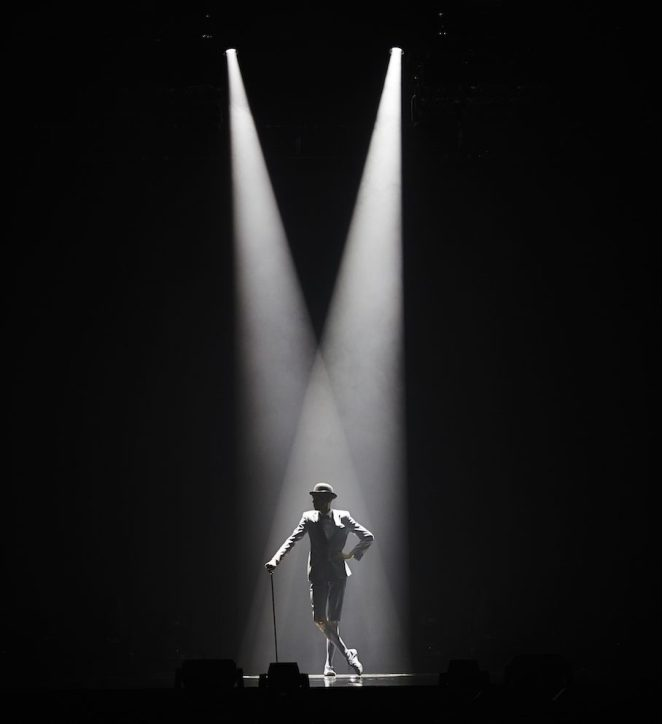 Stromae's live concert image √LIVE