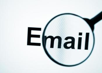 buscar docs en email