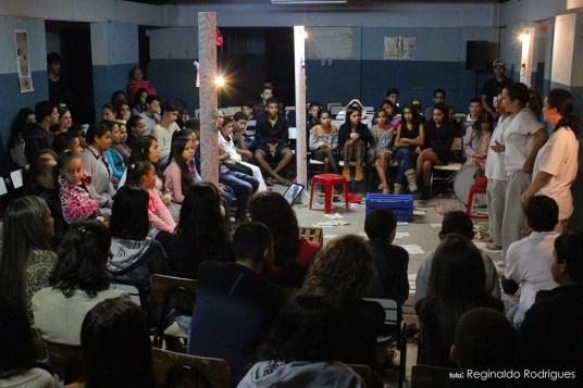 Espetáculo 34 - Cia Insólito de Teofilo Otoni - Apresentação em Água Boa - Foto Reginaldo Rodrigues
