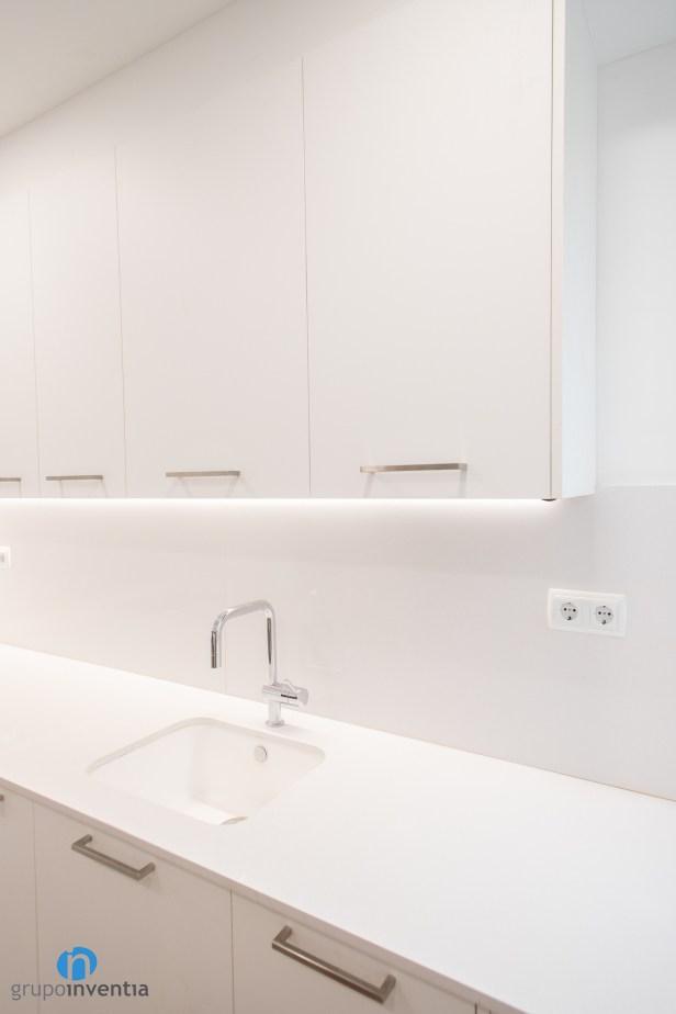 armario blanco cocina