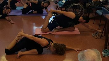 grupo-reifs-cazalilla-dia-internacional-yoga6