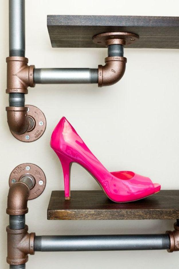 15 diseños asombrosos del estante del zapato de DIY que sus necesidades del Foyer