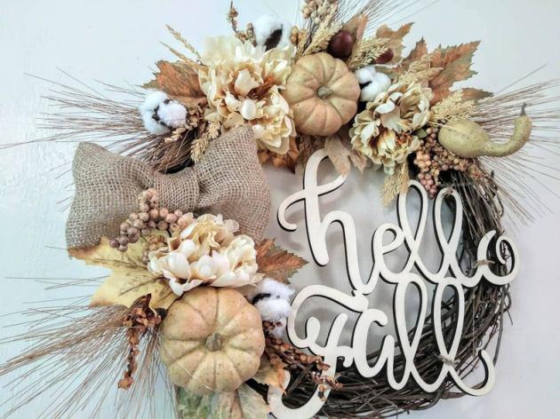 15 encantadores diseños de guirnaldas de otoño hechas a mano para saludar a la temporada