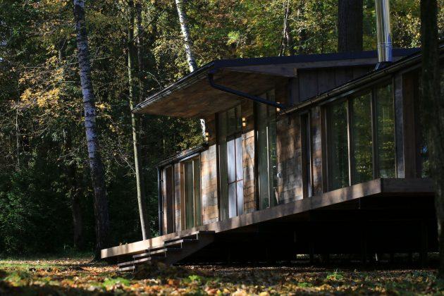 Modular House DublDom por BIO Architects en Moscú, Rusia