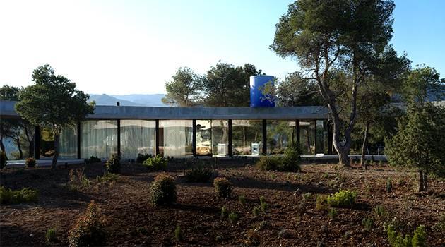 Solo House by Office KGDVS en Matarrana, España