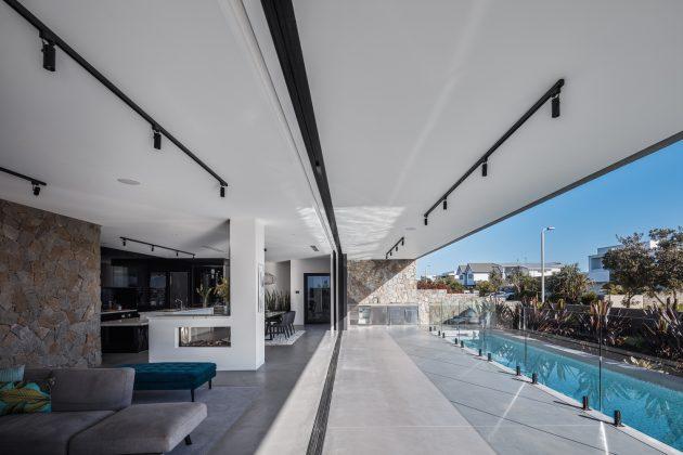 Residencia McDonald de Jayson Pate Design en Kingscliff, Australia