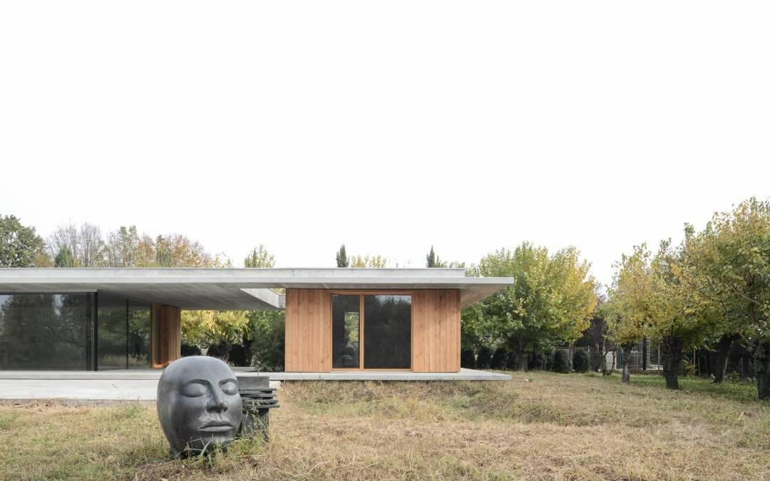 Villa de campo de MIDE Architects en Montebelluna, Italia