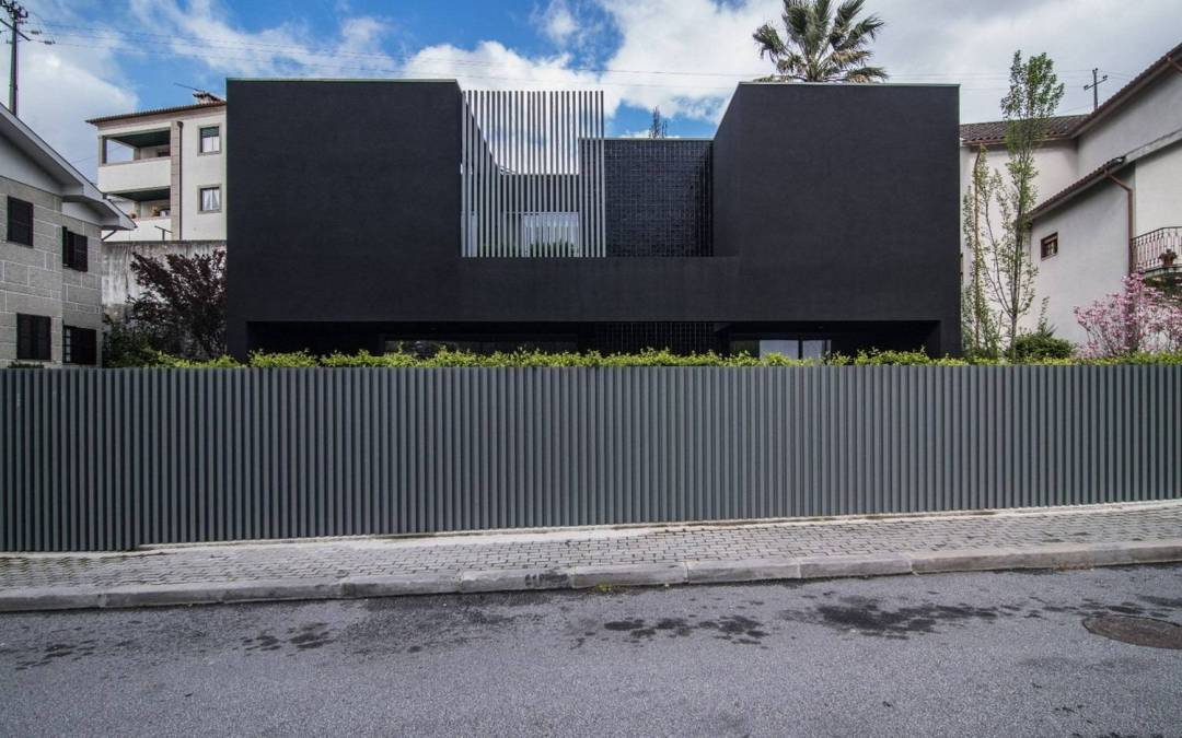 BS House de Just an Architect en Amarante, Portugal