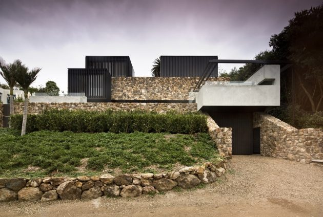 Local Rock House por Pattersons Associates Architects en Nueva Zelanda
