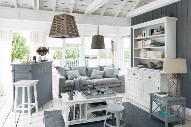 ¿Está interesado en la atmósfera costera en la sala de estar?