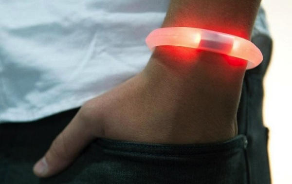 Embrace wristband 650x0