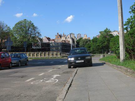 138. Bilene parkerer hvor det måtte passe seg