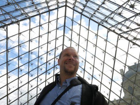 149. Jo inni Louvre
