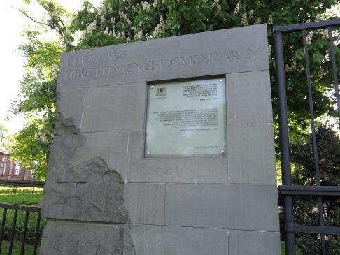33. Kirkegården uten graver