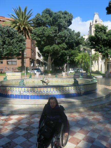 13. Gry på la Plaza de 25 de Julio