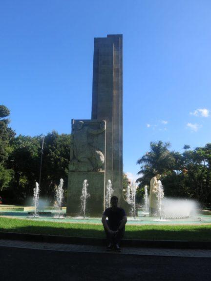 21. Fruktbarhentsstatuen i Parque Garcia Sanabria