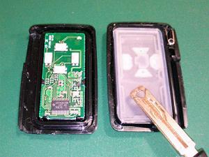 ZRR70_電池交換05