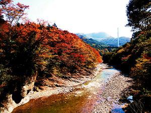 水上紅葉スポット(諏訪峡)