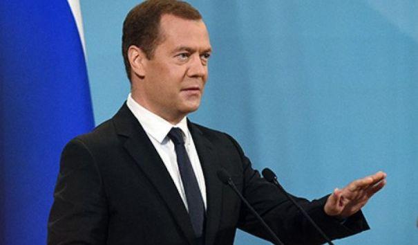 Медведев: температура горячей воды не понизится