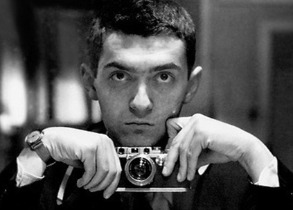 https://i0.wp.com/gsavis.com/blog/wp-content/uploads/2009/01/stanley-kubrick-self-portrait3.jpg