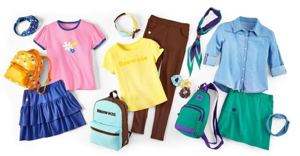 New Girl Scout Uniforms Are Here!! Again!!