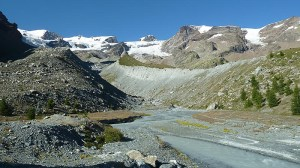 El Pollux dominando el valle de Ayas
