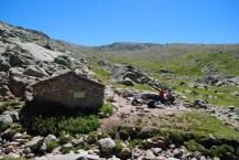Descansando en el Refugio del Belesar (Foto Luis M. Villar)