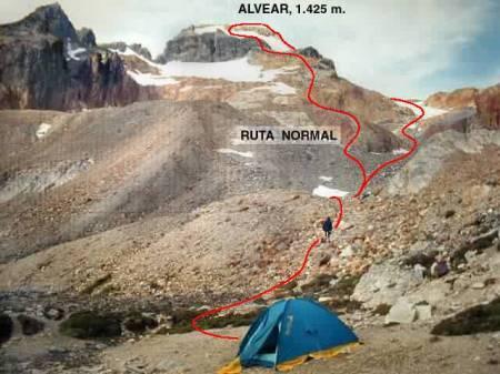 Ruta de ascenso al Alvear