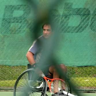 2010.10. Prácticas de tenis en silla de ruedas. Primeros contactos con Dynamics de Venezuela