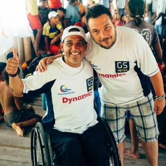 2016.05_Reencuentro con su hermano Mariano quien vive en Chile y llegó al país expresamente a documentar fotográficamente el recorrido a Morichal Largo y su impacto en la comunidad