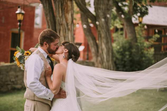 GW1 1107 1 Seattle and Snohomish Wedding and Engagement Photography by GSquared Weddings Photography