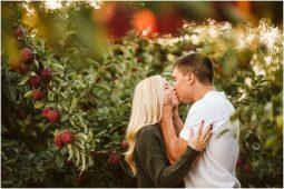 apple orchard engagement photo spokane washington seattle snohomish wedding photography