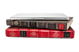 Twelve_South_BookBook_stack
