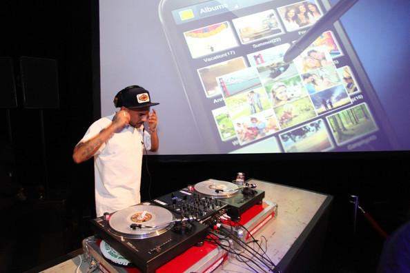 Samsung Galaxy Note II - DJ Craze
