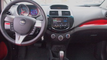 Chevy Spark 2 LT - G Style Magazine - REview - Auto - Car - Interior - Dashboard