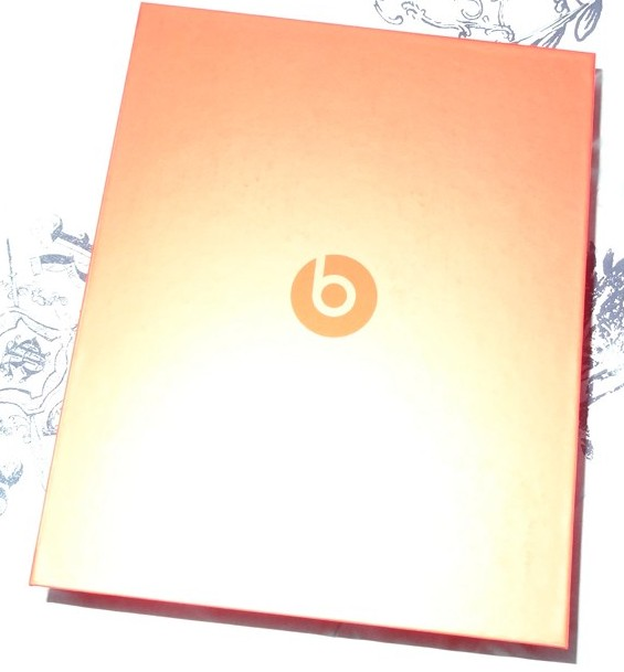Beats by Dre - Executives - Headphones - Review - G Style Magazine - box