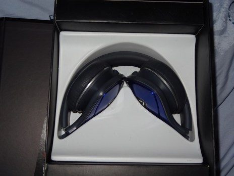 Monster Products - Monster DNA - Headphones - Review - G Style Magazine in box