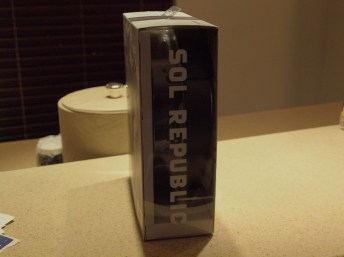 SOL Republic - Master Tracks Headphones - G Style Magazine Side Box