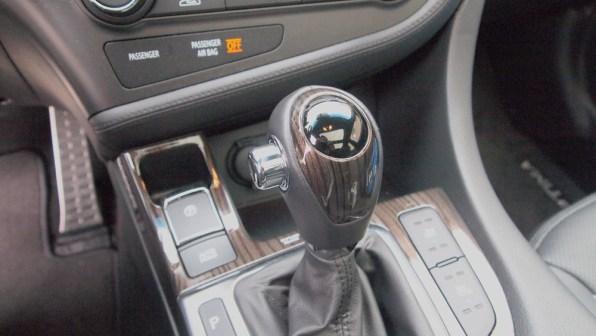 Kia Optima SXL – interior - shifter knob review - g style magazine