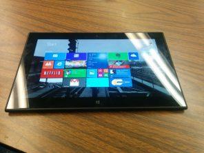 Lumia 2520 Black 4