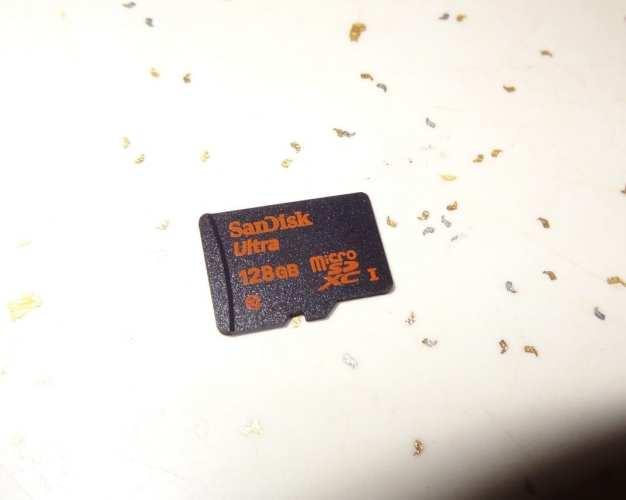 Sandisk Ultra microSDXC 128GB Card (3)
