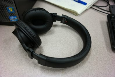 Sony MDRZX750BN wireless headphones 3