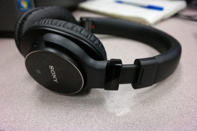Sony MDRZX750BN wireless headphones 5