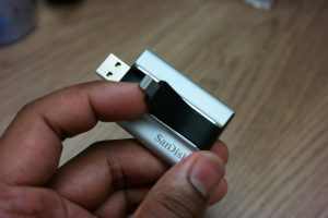 SanDisk iXpand Flash Drive  2