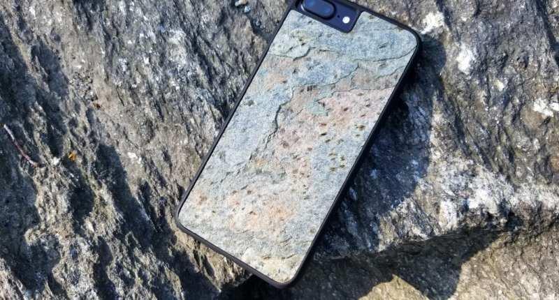 wud life rock case